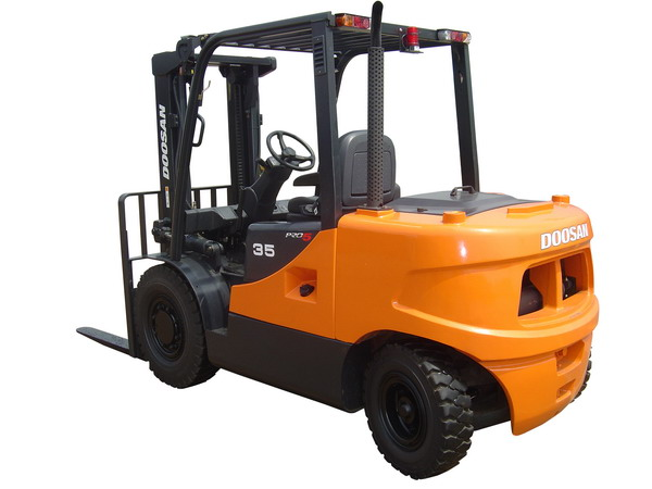 Doosan Forklift 7,000 - 12,000 lb Internal Combustion Pneumatic & Cushion Series