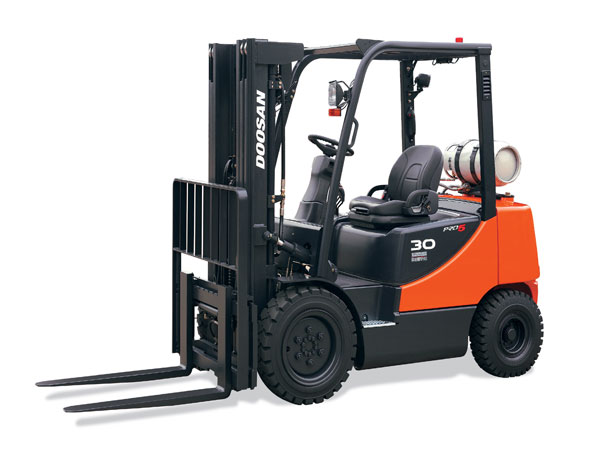 Doosan Forklift 3,000 - 7,000 lb Internal Combustion Pneumatic